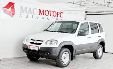Chevrolet Niva Белый